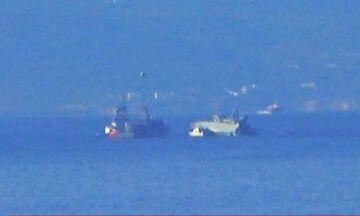 Πειραιάς: Εμπορικό πλοίο συγκρούστηκε με πλοίο του Πολεμικού Ναυτικού