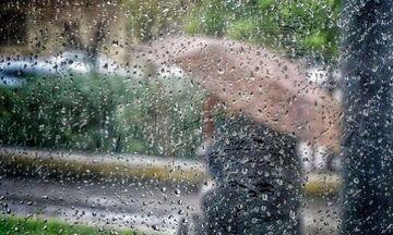 Καιρός: Πού προβλέπονται βροχές, καταιγίδες και χαλαζοπτώσεις