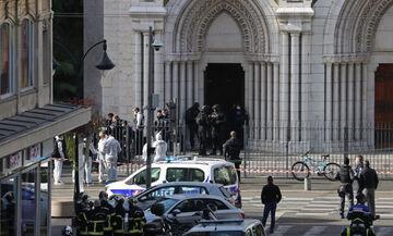 Πένθος στη Γαλλία για τα θύματα της τρομοκρατικής επίθεσης (vid)