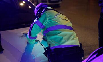 Τρεις συλλήψεις, 57 παραβάσεις καταστημάτων, 344 για μετακίνηση και 1.518 για μη χρήση μάσκας