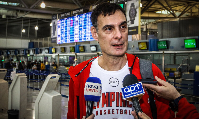 Ολυμπιακός: Πέταξε για Αγία Πετρούπολη – Τι δήλωσαν οι Μπαρτζώκας, Μάρτιν