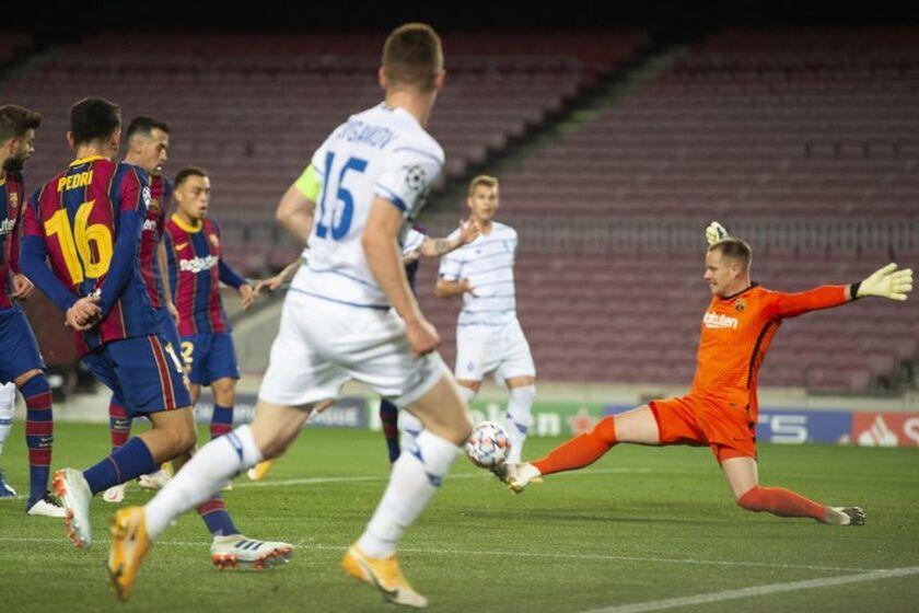 Champions League: Μείωσε σε 2-1 η Ντιναμό Κιέβου στη Βαρκελώνη (vid)