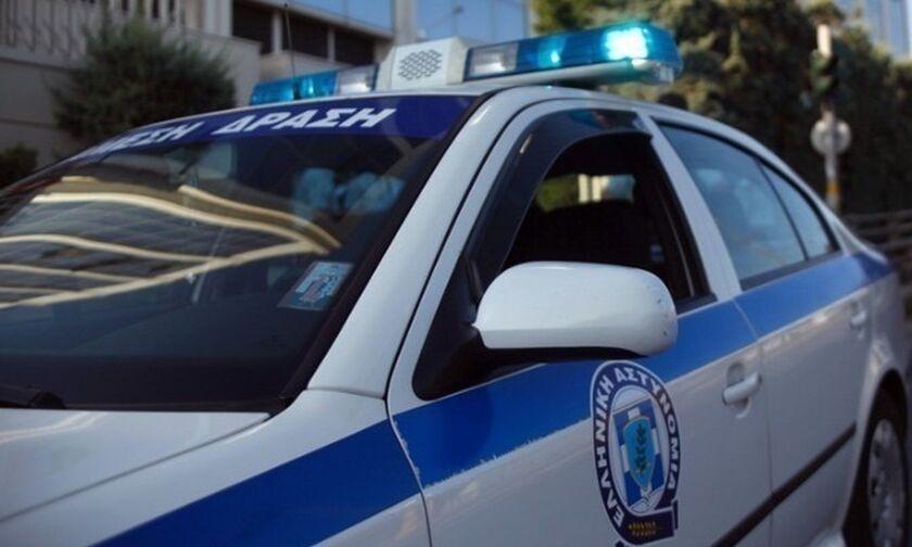 Συνελήφθη 13χρονος φαρσέρ που τηλεφώνησε για βόμβα στο σχολείο του