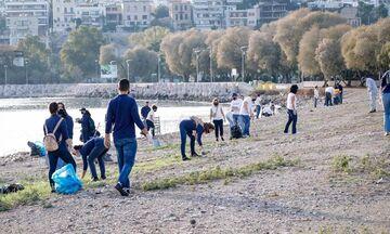 HELMEPA και ΣΕΦ καθάρισαν την παραλία του φαληρικού σταδίου (pics)