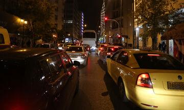 Lockdown: Έφυγαν από την Αθήνα 154.000 οχήματα