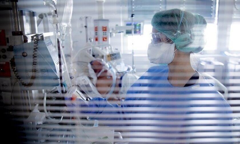 Κορονοϊός (7/11): 2556 νέα κρούσματα, 34 θάνατοι, 207 διασωληνωμένοι
