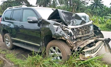 Γλίτωσε από τροχαίο ατύχημα ο Σαμουέλ Ετό (pics)