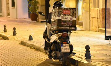 Απαγόρευση κυκλοφορίας: Αλλάζει το ωράριο στα take away, τι ισχύει για delivery