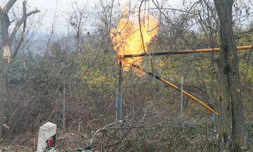 Αρμένιοι καίνε τα σπίτια τους πριν εγκαταλείψουν το Ναγκόρνο Καραμπάχ (vid)