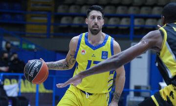 Αθηναίου: «Ο κόουτς Πεδουλάκης γνωρίζει το μπάσκετ όσο λίγοι»