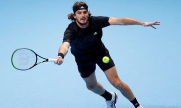 ATP Finals: Τσιτσιπάς - Ρούμπλεφ 2-1: Έσωσε match-point και τις ελπίδες πρόκρισης (vids, highlights)