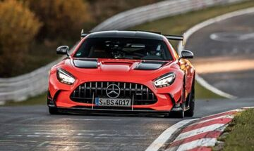 Ρεκόρ όλων των εποχών από τη Mercedes! (vid)
