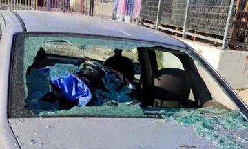 Θεσσαλονίκη: Του έσπασαν το αυτοκίνητο και τον λήστεψαν γιατί είναι οπαδός άλλης ομάδας