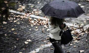 Καιρός: Πέφτει η θερμοκρασία - Συννεφιά, βροχές και χιονοπτώσεις!