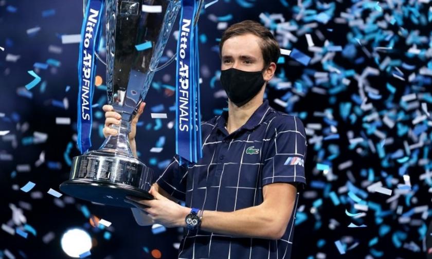 ΑΤP Finals: Ο Μεντβέντεφ διάδοχος του Τσιτσιπά στο θρόνο (vids+highlights)