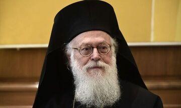 Εξιτήριο για τον αρχιεπίσκοπο Αλβανίας, Αναστάσιο