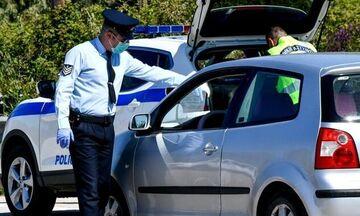 Αυτοκίνητο και μάσκα: Πότε επιβάλλεται πρόστιμο και πότε διπλασιάζεται