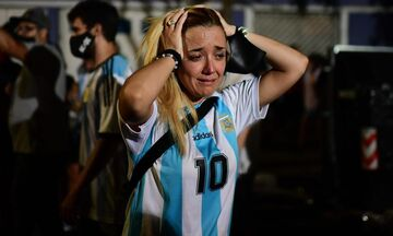 Μαραντόνα: Απέραντη θλίψη από το Μπουένος Άιρες ως τη Νάπολη (vid)
