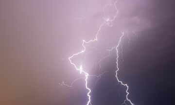 Καιρός: Βροχές και σποραδικές καταιγίδες!