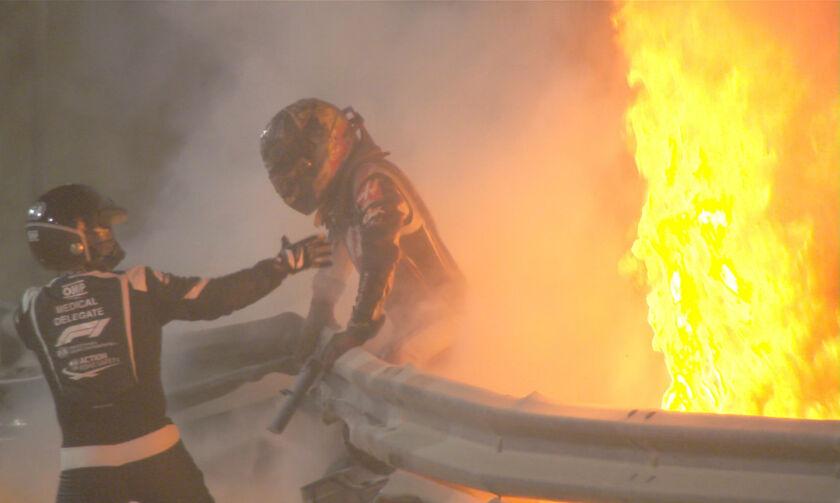 Grand Prix Μπαχρέιν: Τρομακτική εκκίνηση, τυλίχθηκε στις φλόγες η Haas του Γκροζάν (vid)