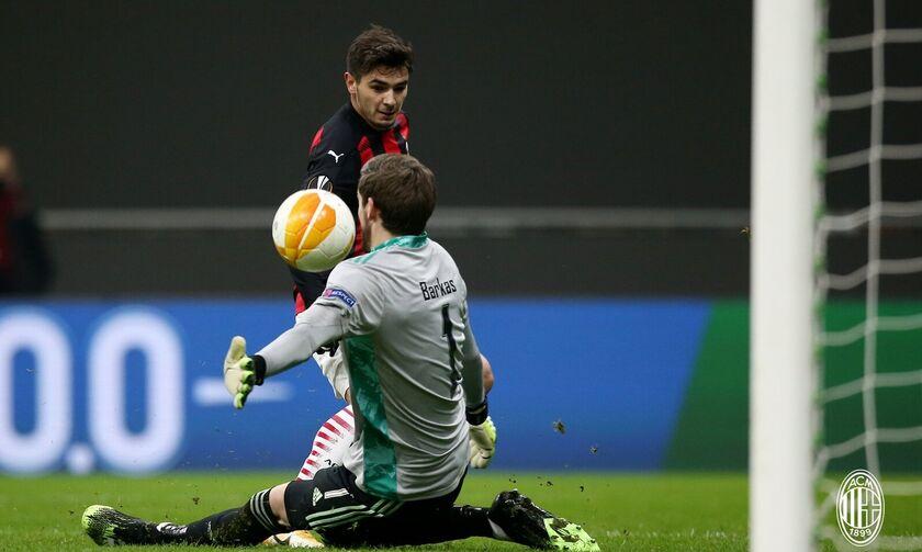 Μίλαν –Σέλτικ 4-2: Στους «32» του Europa League με τρελή ανατροπή κόντρα στον Μπάρκα (highlights)