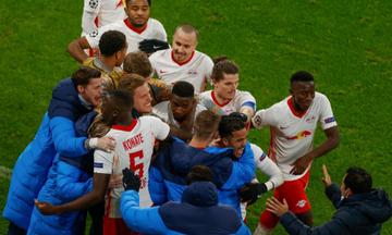 Champions League: Αποκλείστηκε η Μάντσεστερ Γιουν. - Συνεχίζεται (9/12) το ΠΣΖ-Μπασάκ (highlights)