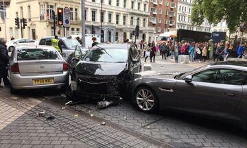 Αυτοκίνητο έπεσε σε πεζούς στο ανατολικό Λονδίνο
