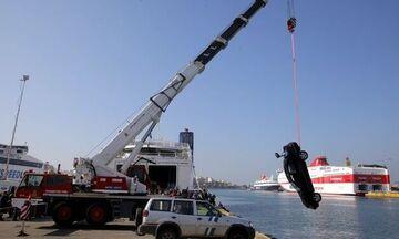 Πειραιάς: Αυτοκίνητο έπεσε στη θάλασσα - Βγήκε σώος ο οδηγός
