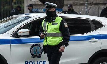 Βόλος: Πρόστιμo σε 15 άτομα που έβλεπαν το ΑΕΚ - Ολυμπιακός σε καφενείο - Μία σύλληψη