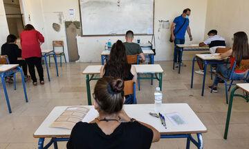 Αλλαγές σε Πανελλαδικές Εξετάσεις: Η ελάχιστη βάση εισαγωγής και το όριο φοίτησης