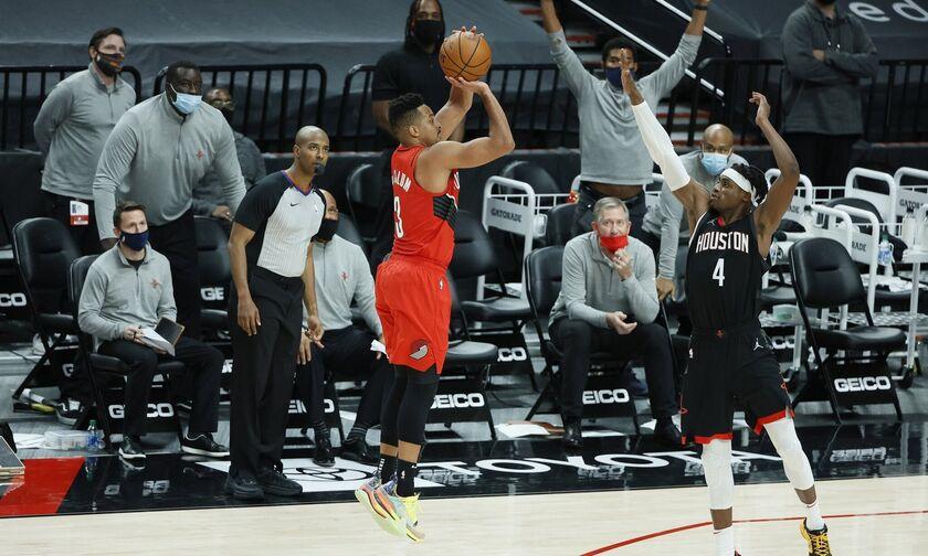 NBA: Τριποντάρα του ΜακΚόλουμ ξέρανε το Χιούστον - Όλα τα αποτελέσματα