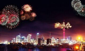 Η Νέα Ζηλανδία η πρώτη χώρα που υποδέχτηκε το 2021 - Ακολούθησε η Αυστραλία (vids)