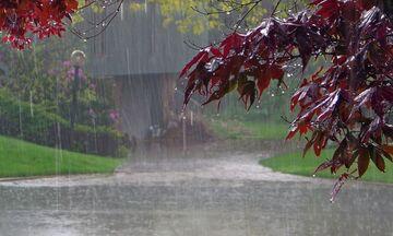Καιρός: Βροχές, καταιγίδες, χιόνια και ισχυροί άνεμοι