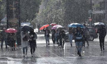 Καιρός: Πρόσκαιρες βροχές - Ανεβαίνει η θερμοκρασία