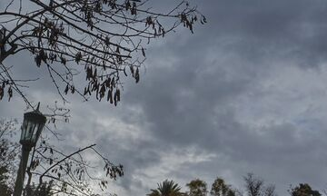 Καιρός: Τοπικές βροχές, μεμονωμένες καταιγίδες - Άνοδος της θερμοκρασίας