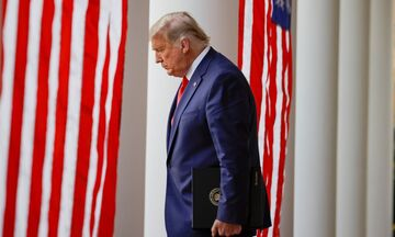 Ξεκινά διαδικασία καθαίρεσης του Ντόναλντ Τραμπ