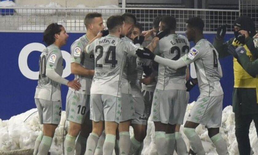 La Liga: Η Μπέτις λύγισε στο τέλος την Ουέσκα (highlights)