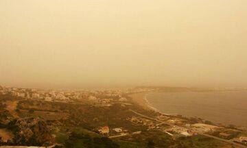 Καιρός: Η θερμοκρασία σε υψηλά επίπεδα - Δυνατοί άνεμοι και μεταφορά αφρικανικής σκόνης