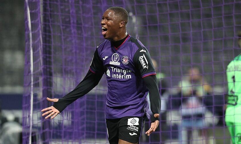 Ligue 2: Απίστευτο γκολ από τον αμυντικό της Τουλούζ, Μπαφοντέ Ντιακιτέ! (vid)