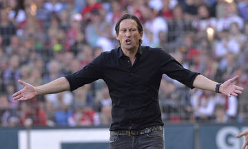 Αϊντχόφεν: Ο Σμιντ κατηγόρησε παίκτες για μειωμένη απόδοση στην ήττα από την Άλκμααρ
