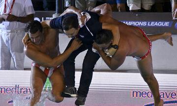 Ο Ολυμπιακός έδειξε στην Προ Ρέκο πώς πανηγυρίζουν οι Έλληνες (vid)