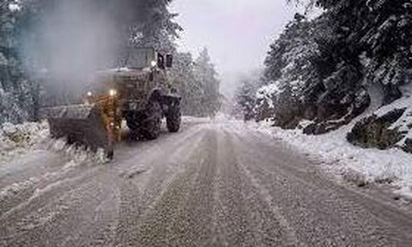 Κλειστοί οι δρόμοι σε Πάρνηθα, Υμηττό και Πεντέλη
