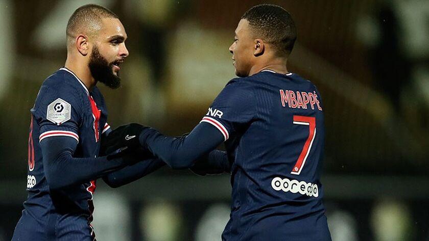 Ligue 1: ! Kορυφή με Κουρζαβά η Παρί Σεν Ζερμέν (highlights)!