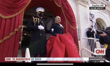 Ορκωμοσία Μπάιντεν: H Lady Gaga συγκλόνισε με τον τρόπο που τραγούδησε τον εθνικό ύμνο των ΗΠΑ