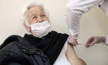 Εμβολιασμοί: Αρχίζουν στις 22/1 τα ραντεβού για την ηλικιακή ομάδα 80-84 ετών
