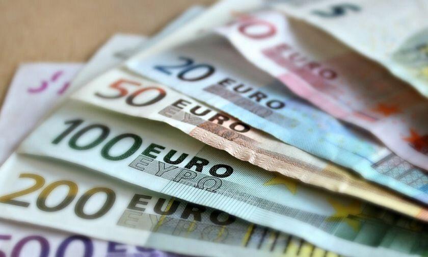 Oικονομία: Πώς θα δοθούν τα 400 ευρώ σε αυτοαπασχολούμενους επιστήμονες