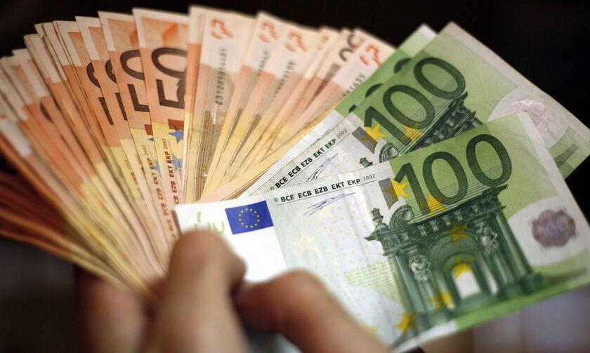 Καταβολή έκτακτου επιδόματος 400 ευρώ σε αυτοαπασχολούμενους επιστήμονες