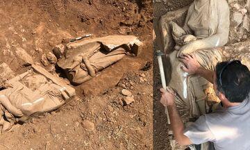 Βρέθηκε επιτύμβιο μνημείο με δύο γυναικείες μορφές στην Παιανία