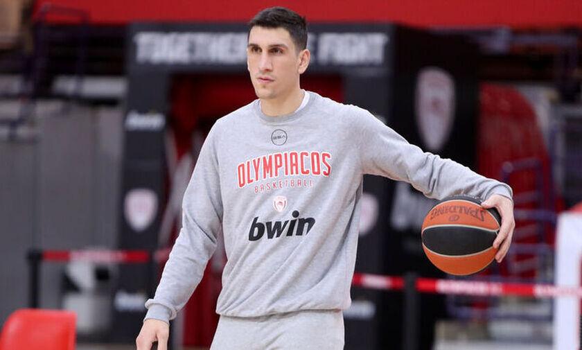 Ολυμπιακός: Μπήκε ο Λαρεντζάκης- Παραμένει εκτός ο Παπανικολάου