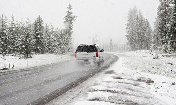 Καιρός: Ισχυρές βροχές, θυελλώδεις άνεμοι, πυκνές χιονοπτώσεις